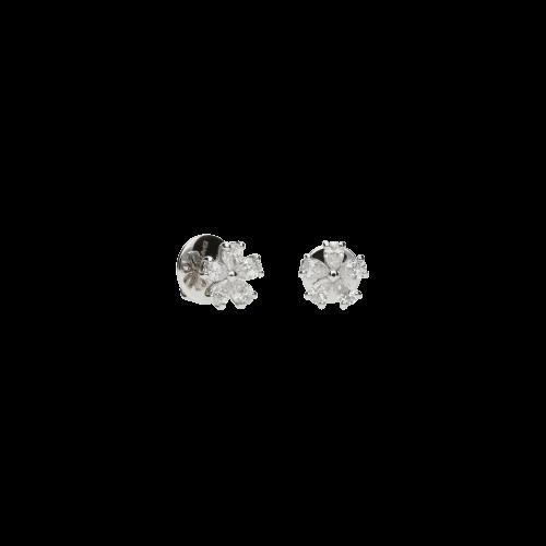 Orecchini in oro bianco 18 carati e diamanti bianchi taglio goccia
