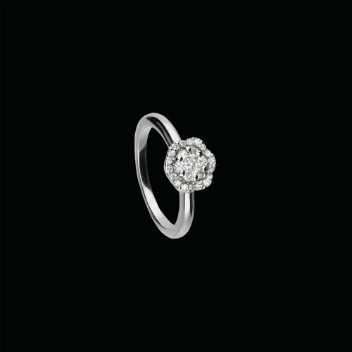 Anello in oro bianco 18 carati diamanti bianchi taglio brillante