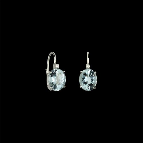 Orecchini in oro bianco 18 carati con acquamarina e diamanti bianchi taglio brillante
