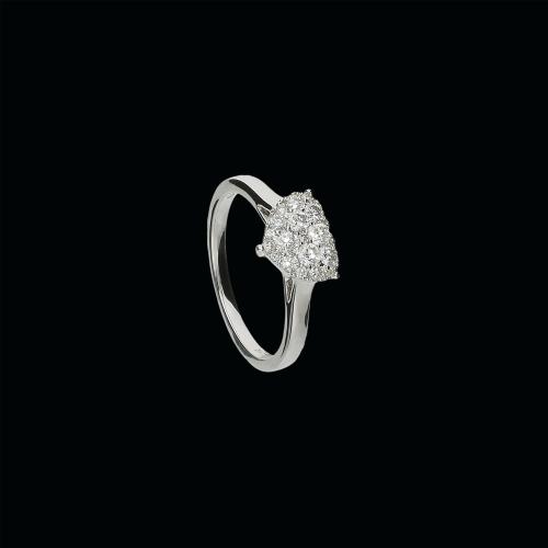 Anello in oro bianco 18 caraati e diamanti bianco taglio brillante