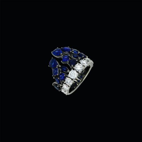 Anello in oro brunito 18 carati con diamanti e zaffiri blu