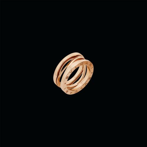 Anello B.zero1 Design Legend a tre fasce in oro rosa.