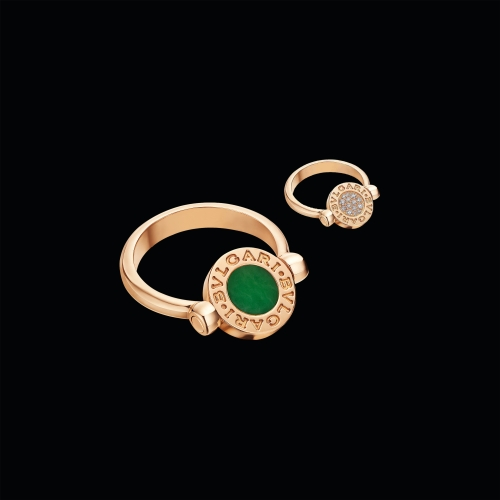 Anello girevole BVLGARI BVLGARI in oro rosa 18 carati con giada verde e pavé di diamanti