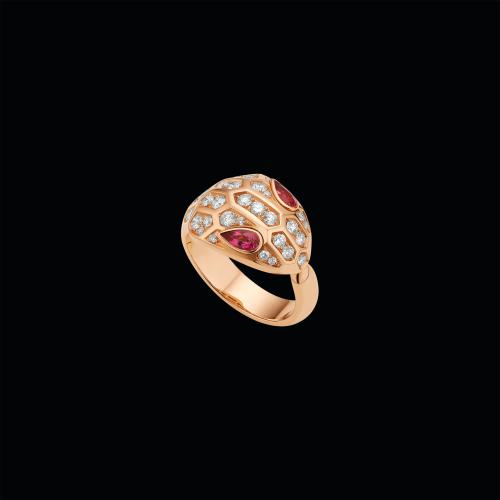 Anello Serpenti in oro rosa, rubellite e pavé di diamanti