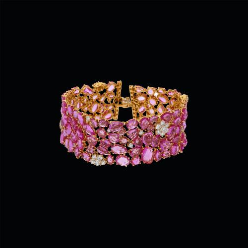 Bracciale in oro rosa 18 carati con diamanti bianchi taglio brillante e zaffiri rosa