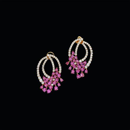 Orecchini in oro rosa 18 carati con diamanti bianchi taglio brillante e zaffiri rosa taglio goccia