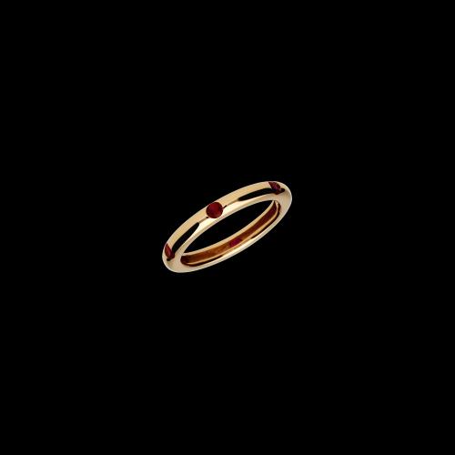 Anello in oro rosa 9 carati e corindone taglio brillante