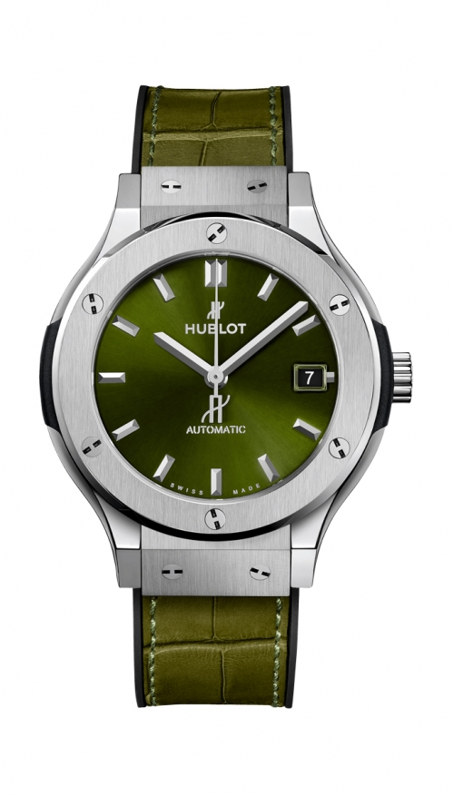 CLASSIC FUSION GREEN TITANIUM - 565.NX.8970.LR