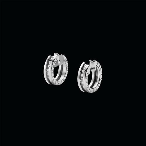 Orecchini a cerchio piccoli B.zero1 in oro bianco 18 carati con pavé di diamanti - OR855540