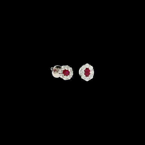 Orecchini in oro bianco 18 carati con rubini naturali taglio ovale e diamanti bianchi taglio brillante