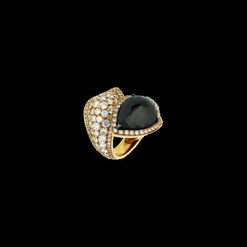 Anello in oro rosa 18 carati con diamanti e diamante black