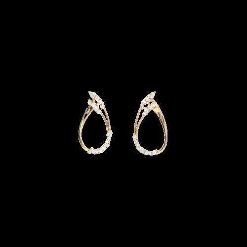 Orecchini in oro rosa con diamanti bianchi