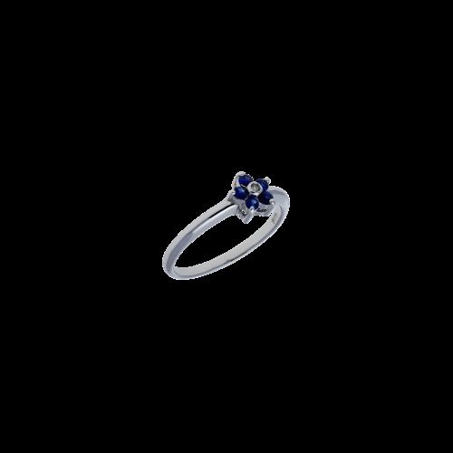 Anello in oro bianco 18 carati con zaffiri blu e diamanti bianchi taglio brillante