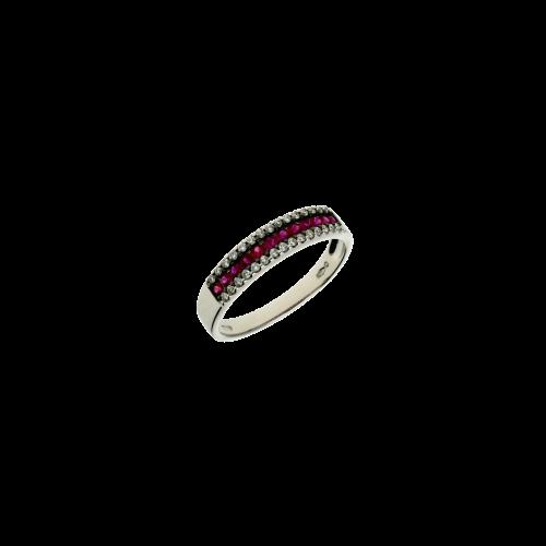 Anello in oro bianco 18 carati con rubini naturali e diamanti bianchi taglio brillante