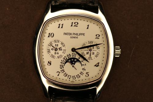 PATEK PHILIPPE CALENDARIO PERPETUO 5940G-001 - U-5940G-001